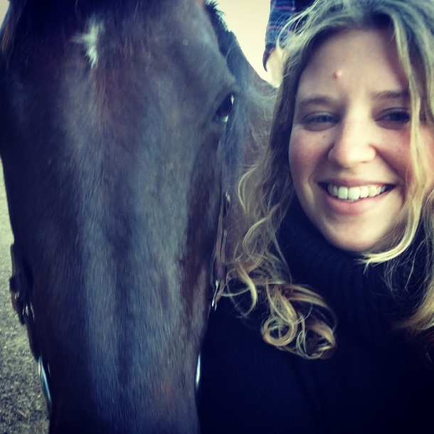 """Hi Horsey. Want to take a selfie with me?"""