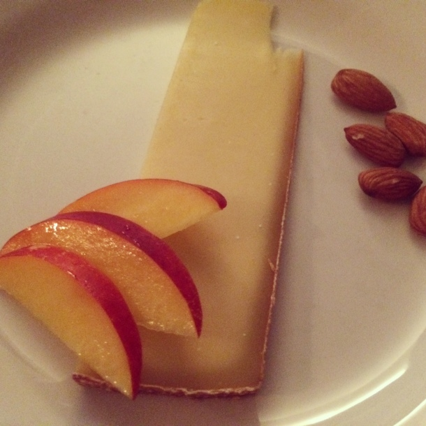 Challerhocker cheese with nectarine slices and dry roasted almonds.